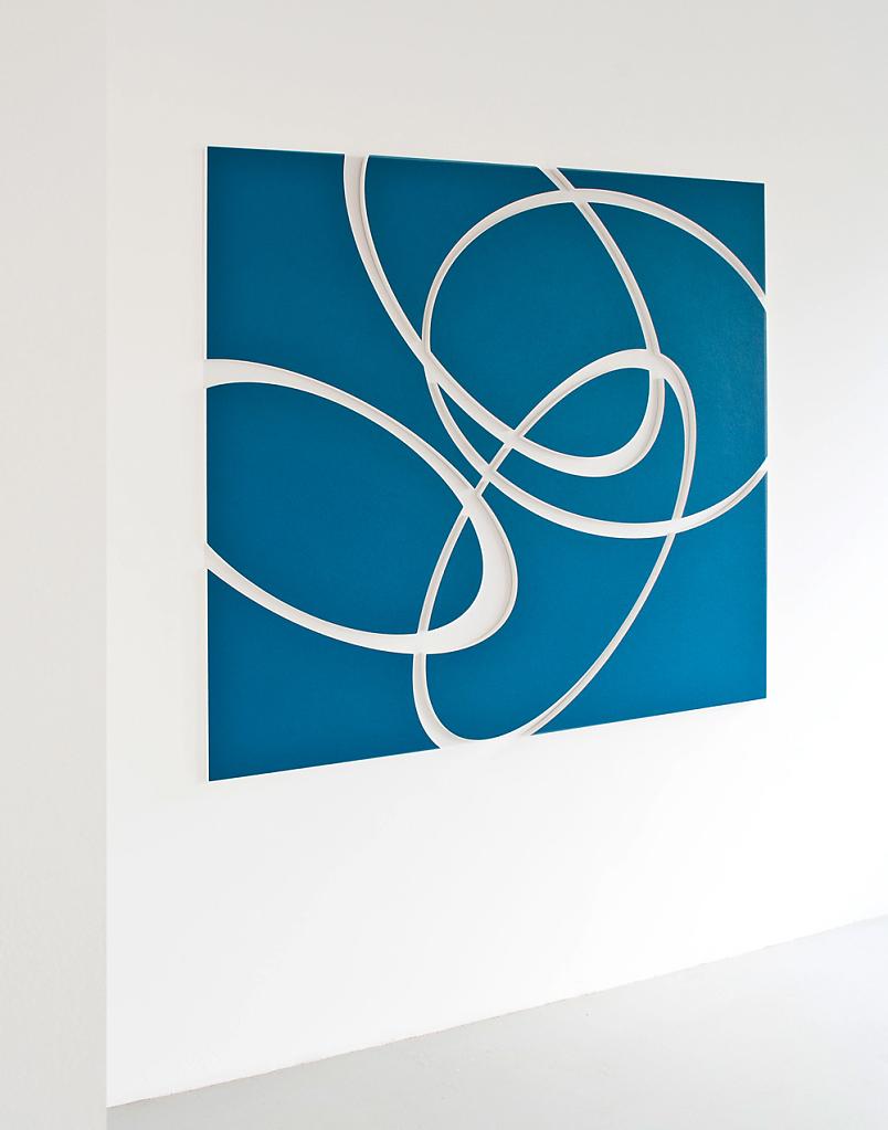connected-03a  I  Quarzsand und Acryl auf MDF  I  170 x 170 x 2,5 cm
