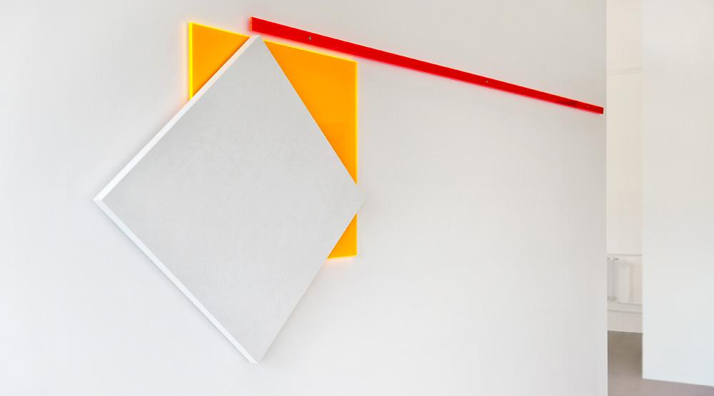 square 60   I   2013   I   Kreidegrund auf MDF / Acrylglas   I   85 x 270 x 4 cm